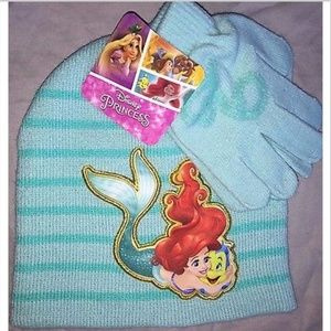 Little Mermaid Girls Hat & Glove Set NWT